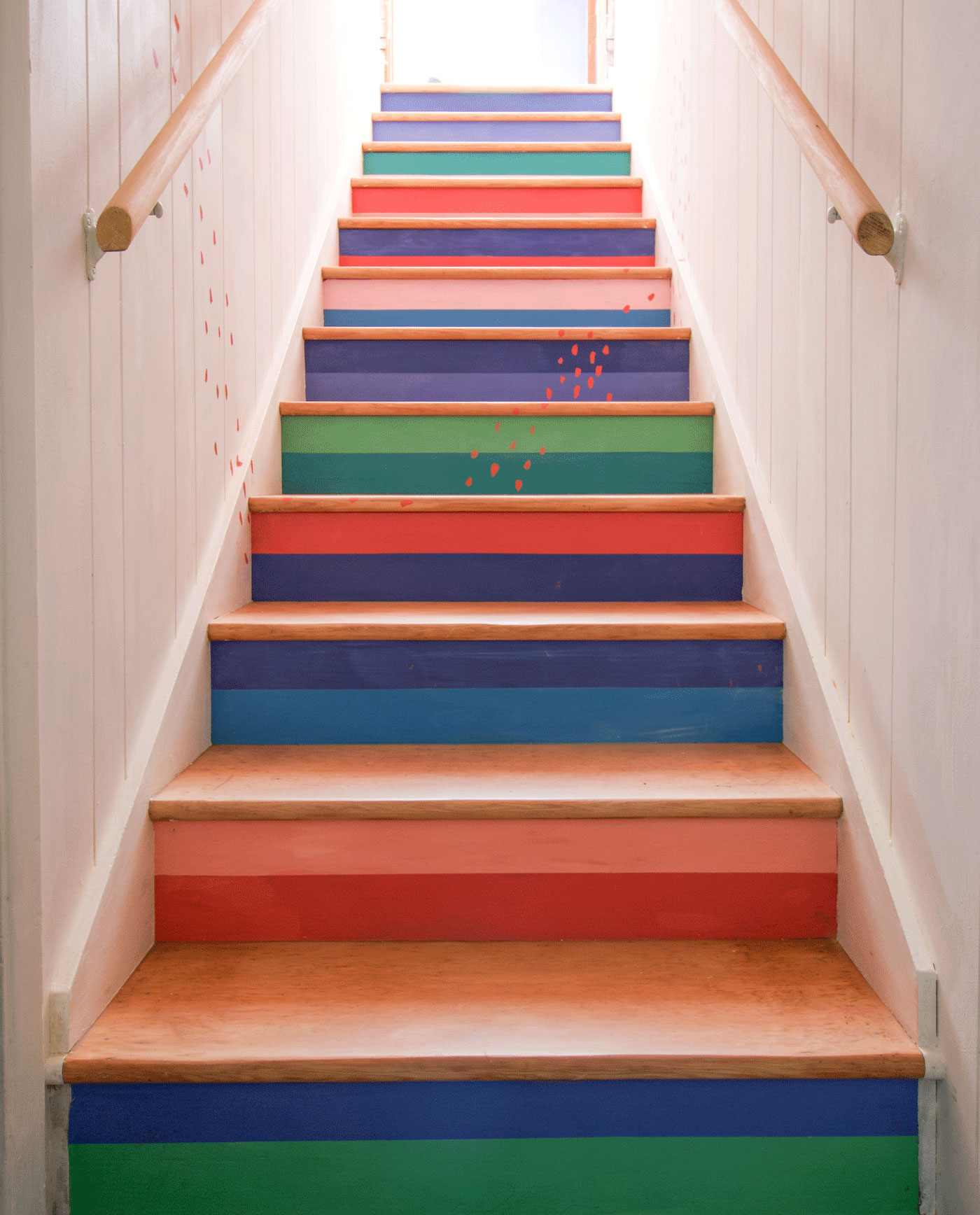 Annie-Sloan-chalk-paint-staircase-makeover-after