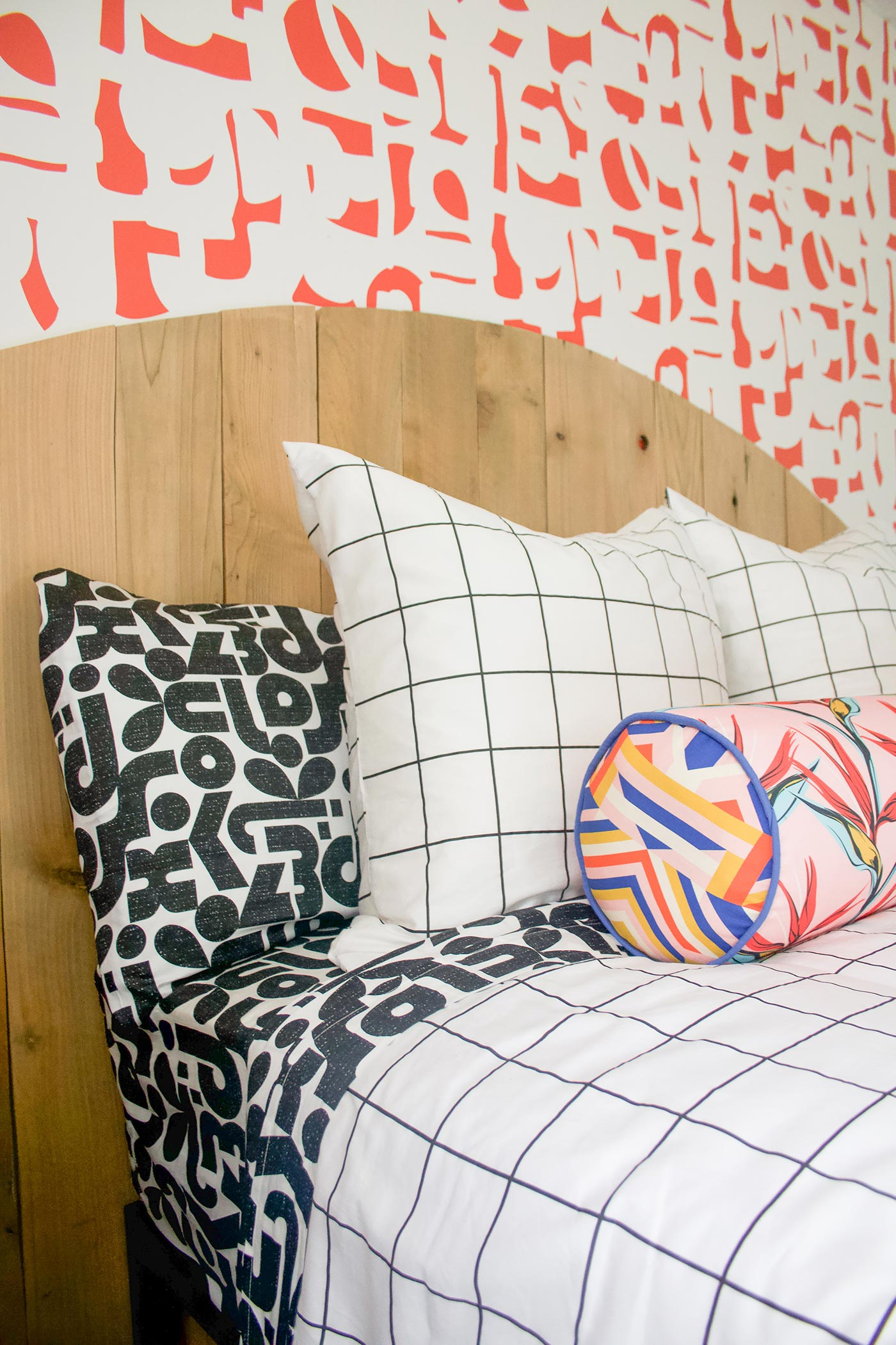 How to mix and match patterns and colors with spoonflower in the bedroom